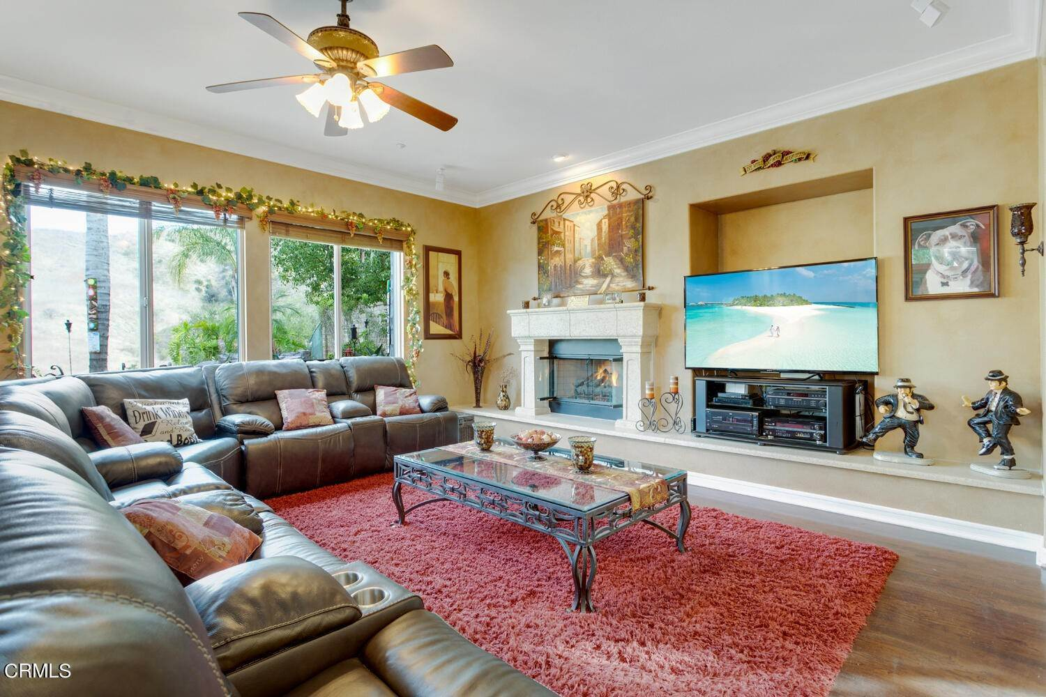 35. Single Family Homes for Sale at 374 Loire Valley Drive Simi Valley, California 93065 United States