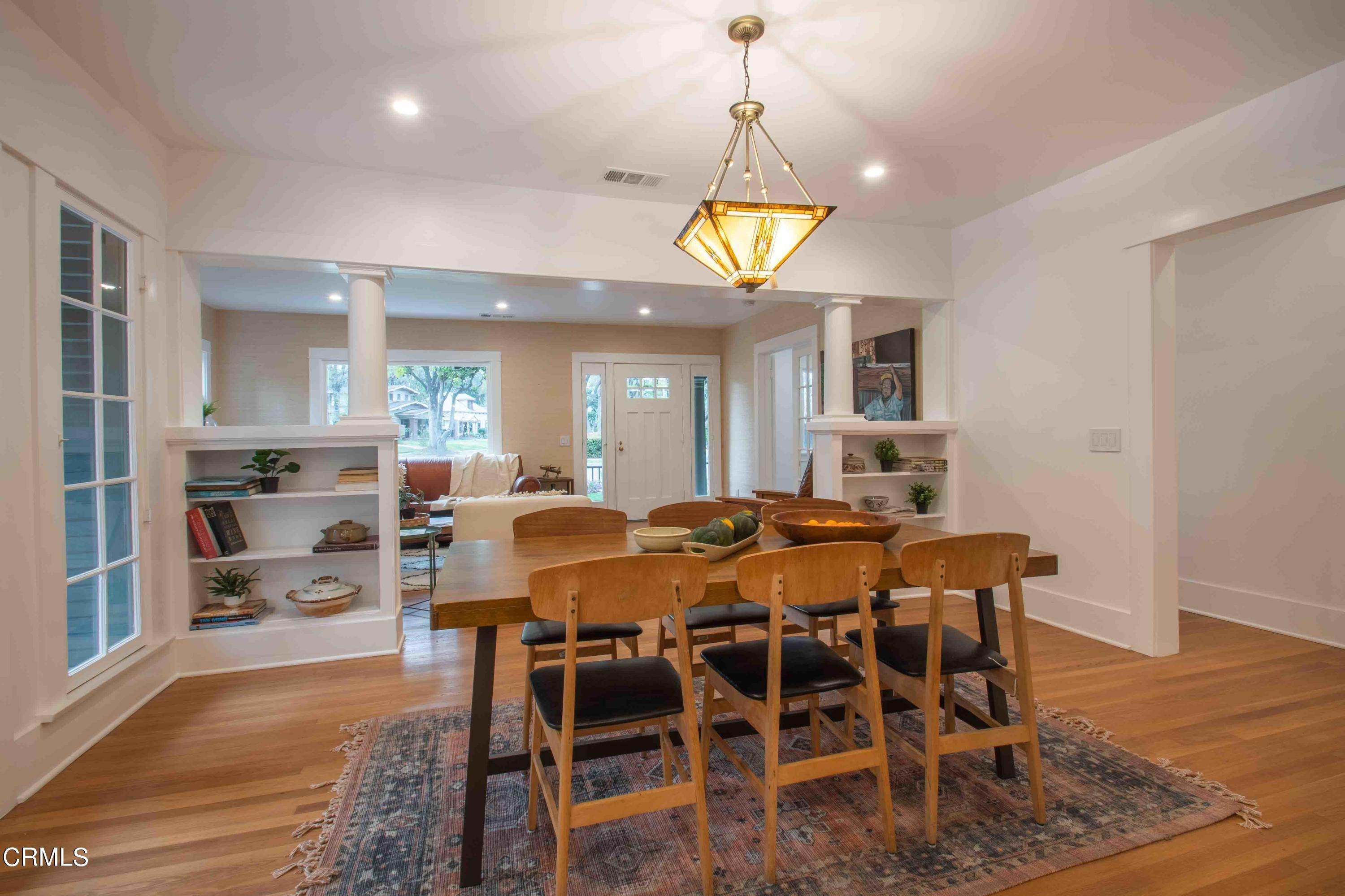 7. Single Family Homes for Sale at 1211 Oak Street South Pasadena, California 91030 United States