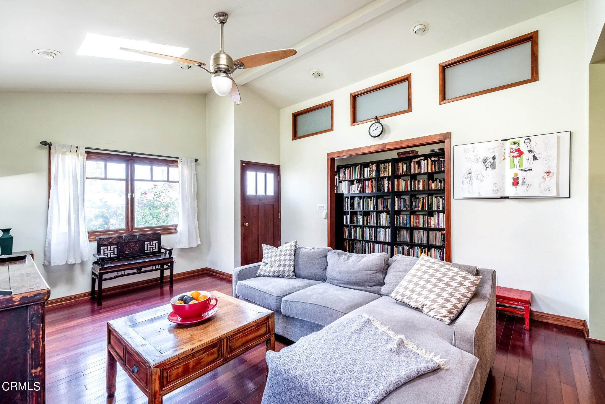 4. Single Family Homes for Sale at 2515 South Westgate Avenue Los Angeles, California 90064 United States
