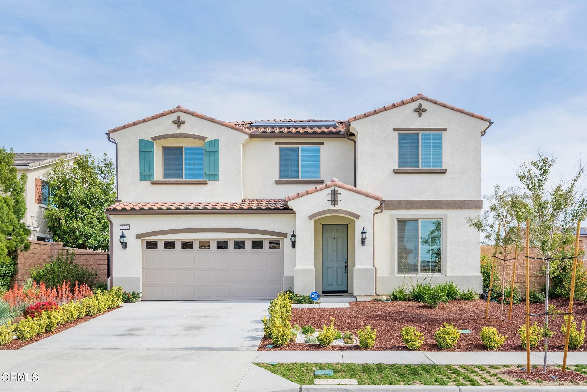 Single Family Homes por un Venta en 7777 Arosia Drive Fontana, California 92336 Estados Unidos