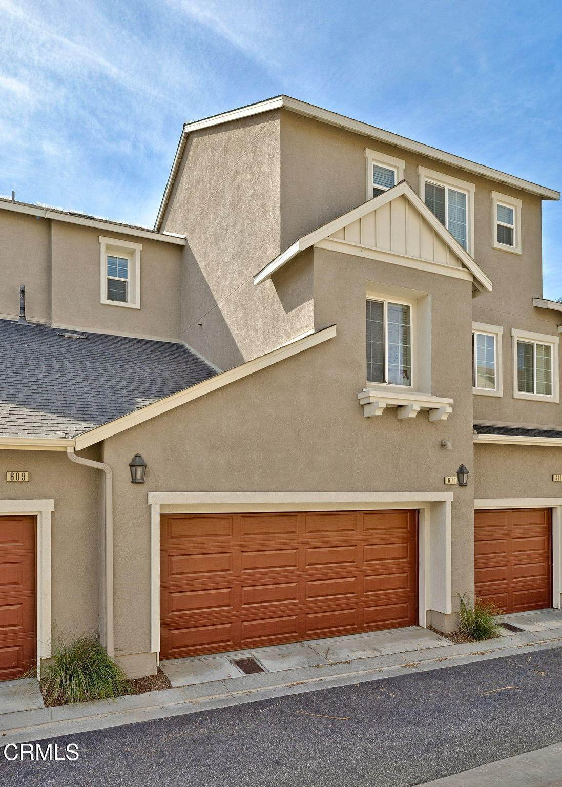 22. Condominiums for Sale at 611 Flathead River Street Oxnard, California 93036 United States