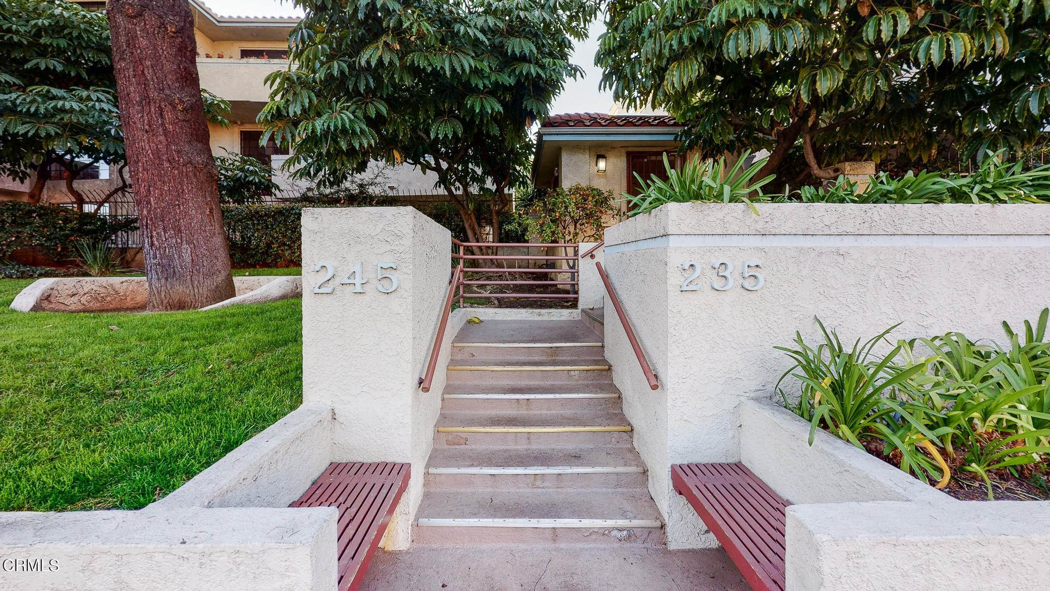 2. Condominiums for Sale at 235 South Holliston Avenue #113 235 South Holliston Avenue Pasadena, California 91106 United States