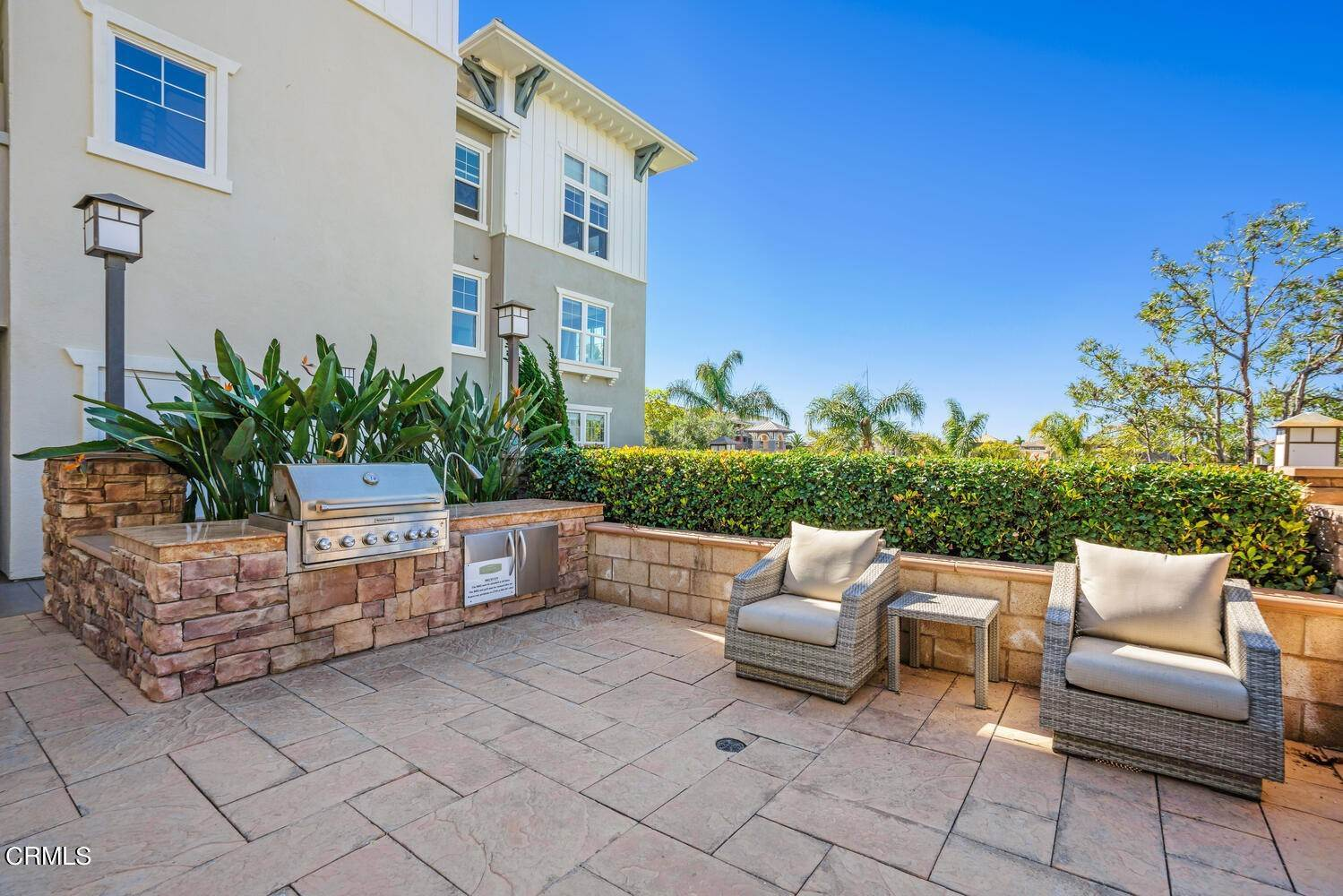 25. Condominiums for Sale at 1405 Windshore Way Oxnard, California 93035 United States