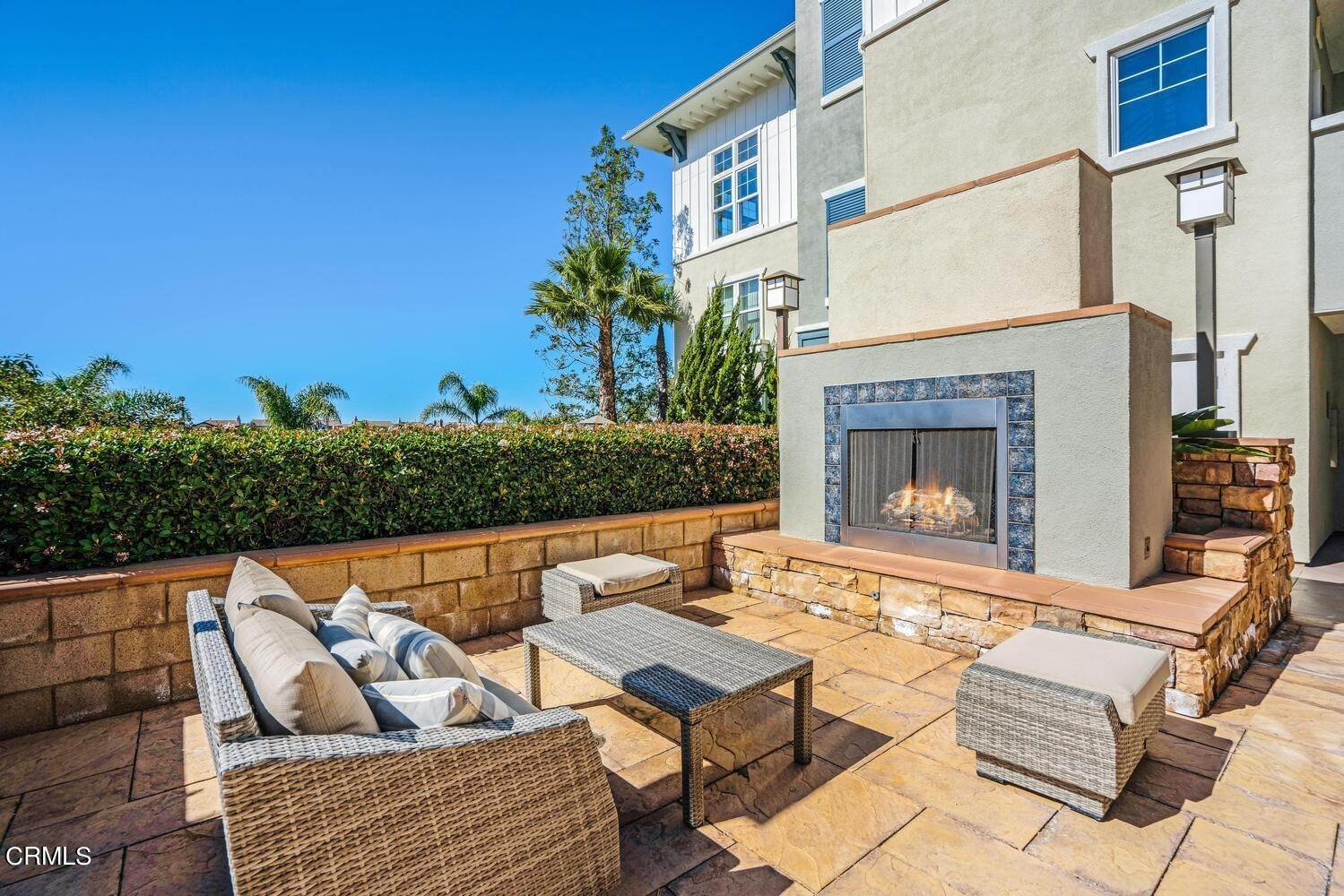 27. Condominiums for Sale at 1405 Windshore Way Oxnard, California 93035 United States