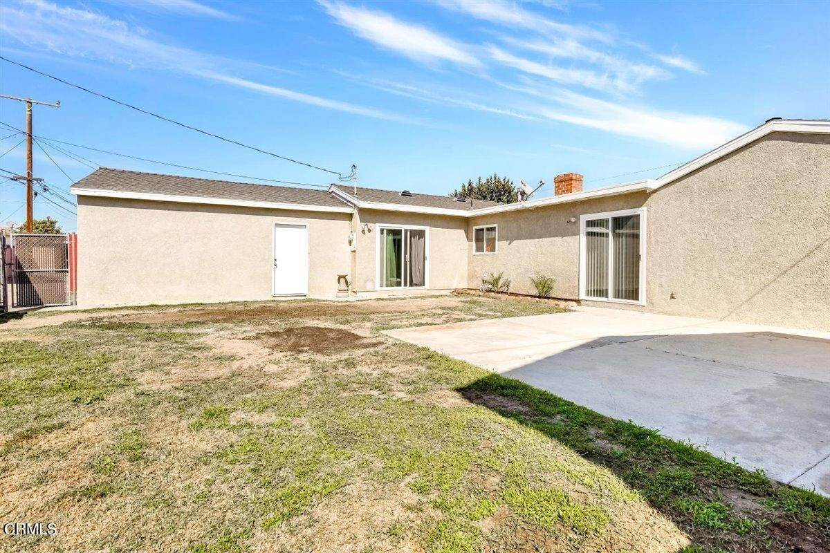 30. Single Family Homes for Sale at 3101 South J Street Oxnard, California 93033 United States