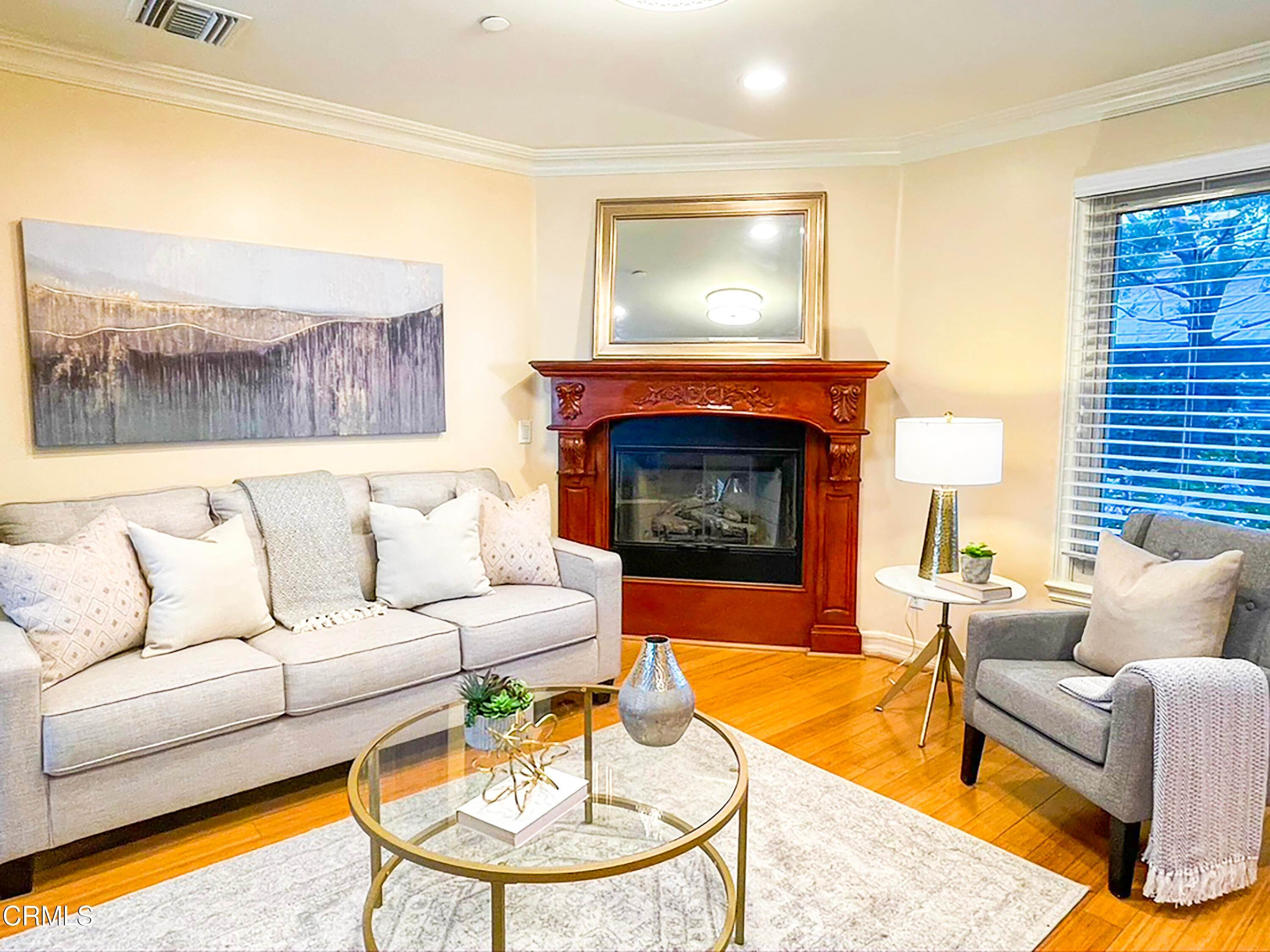 11. townhouses for Sale at 272 North Chester Avenue #102 272 North Chester Avenue Pasadena, California 91106 United States