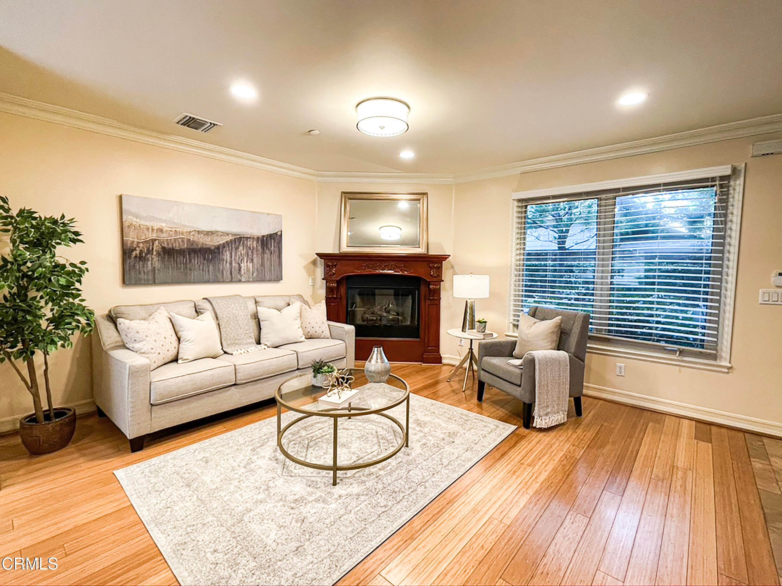 12. townhouses for Sale at 272 North Chester Avenue #102 272 North Chester Avenue Pasadena, California 91106 United States