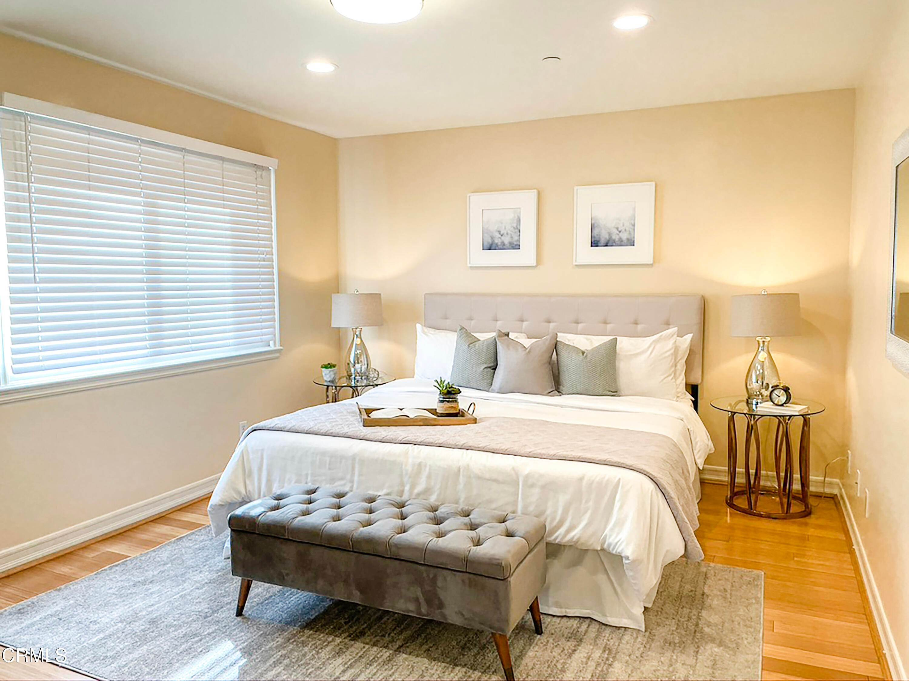 20. townhouses for Sale at 272 North Chester Avenue #102 272 North Chester Avenue Pasadena, California 91106 United States