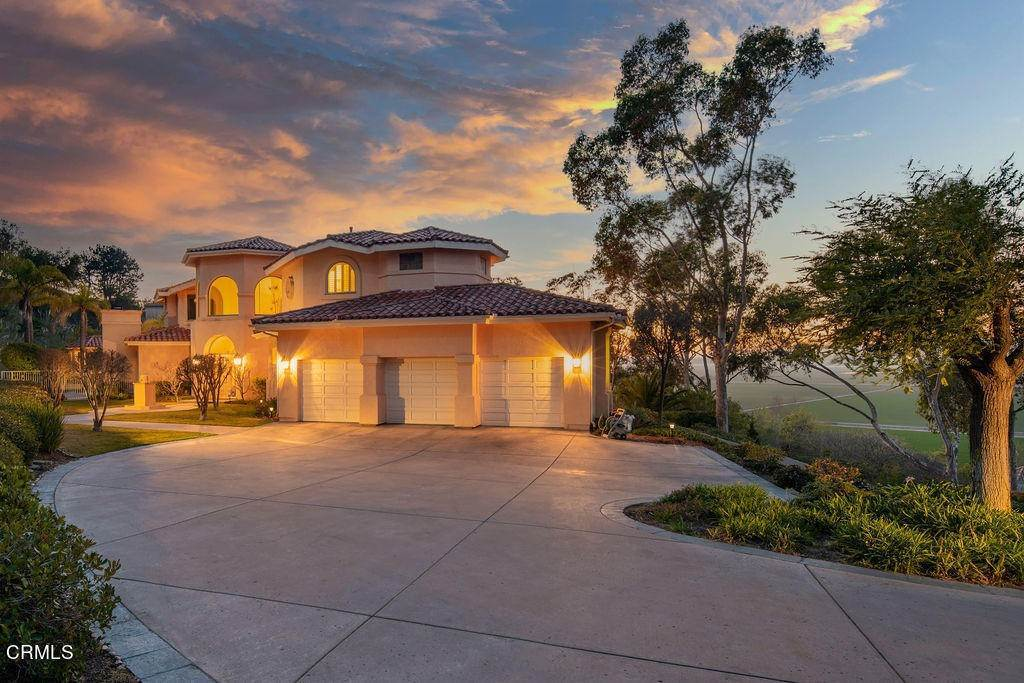 Single Family Homes for Sale at 1502 Avenida De Aprisa Camarillo, California 93010 United States