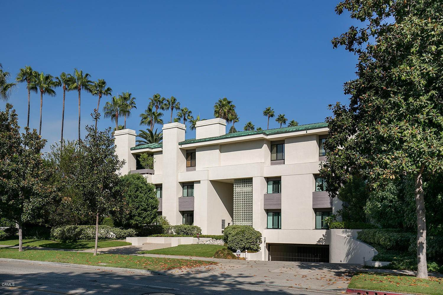 Condominiums at 300 South Orange Grove Boulevard #4 300 South Orange Grove Boulevard Pasadena, California 91105 United States