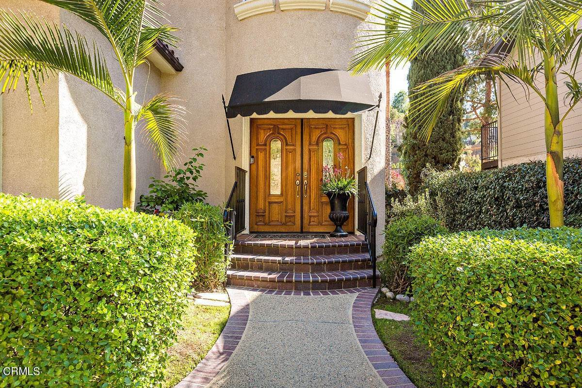2. Single Family Homes for Sale at 610 Montecito Drive Los Angeles, California 90031 United States