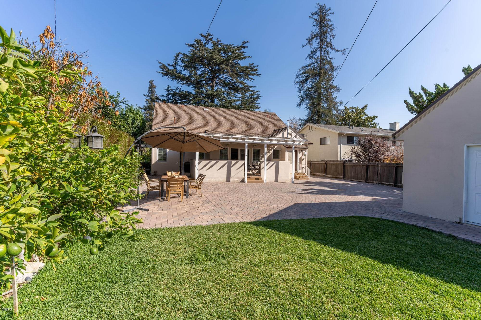33. Single Family Homes for Sale at 2275 Ridgeway Road San Marino, California 91108 United States