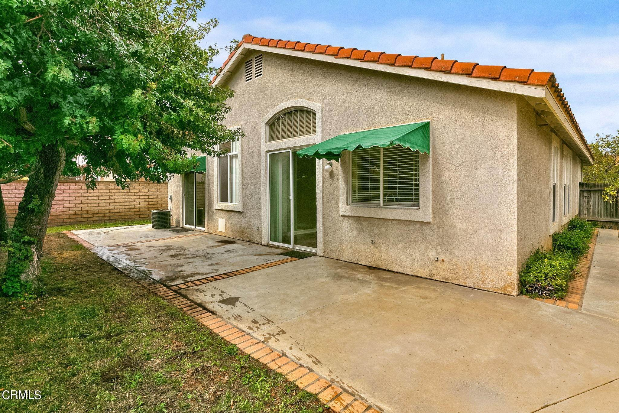 25. Single Family Homes for Sale at 4490 El Corazon Court Camarillo, California 93012 United States
