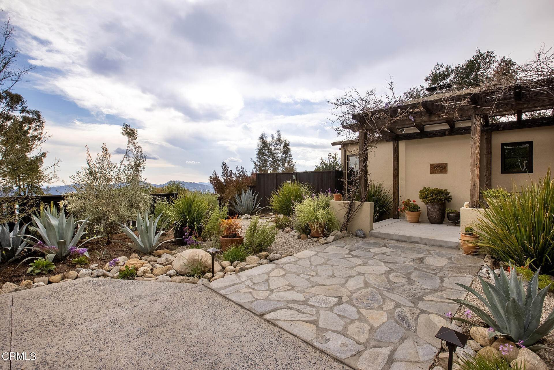 3. Single Family Homes for Sale at 243 Taos Road Altadena, California 91001 United States