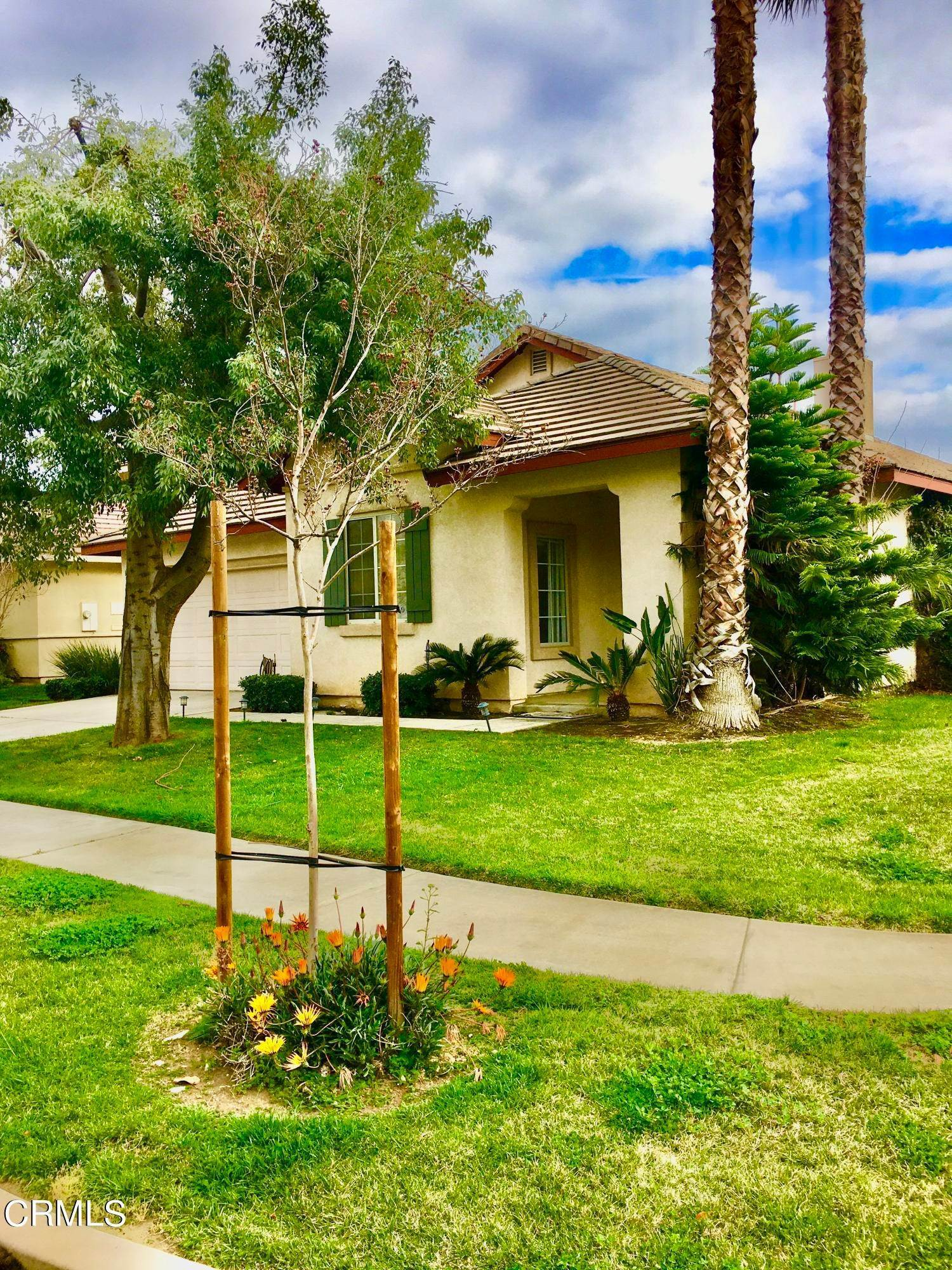 Single Family Homes por un Venta en 9379 Brookview Court Rancho Cucamonga, California 91730 Estados Unidos