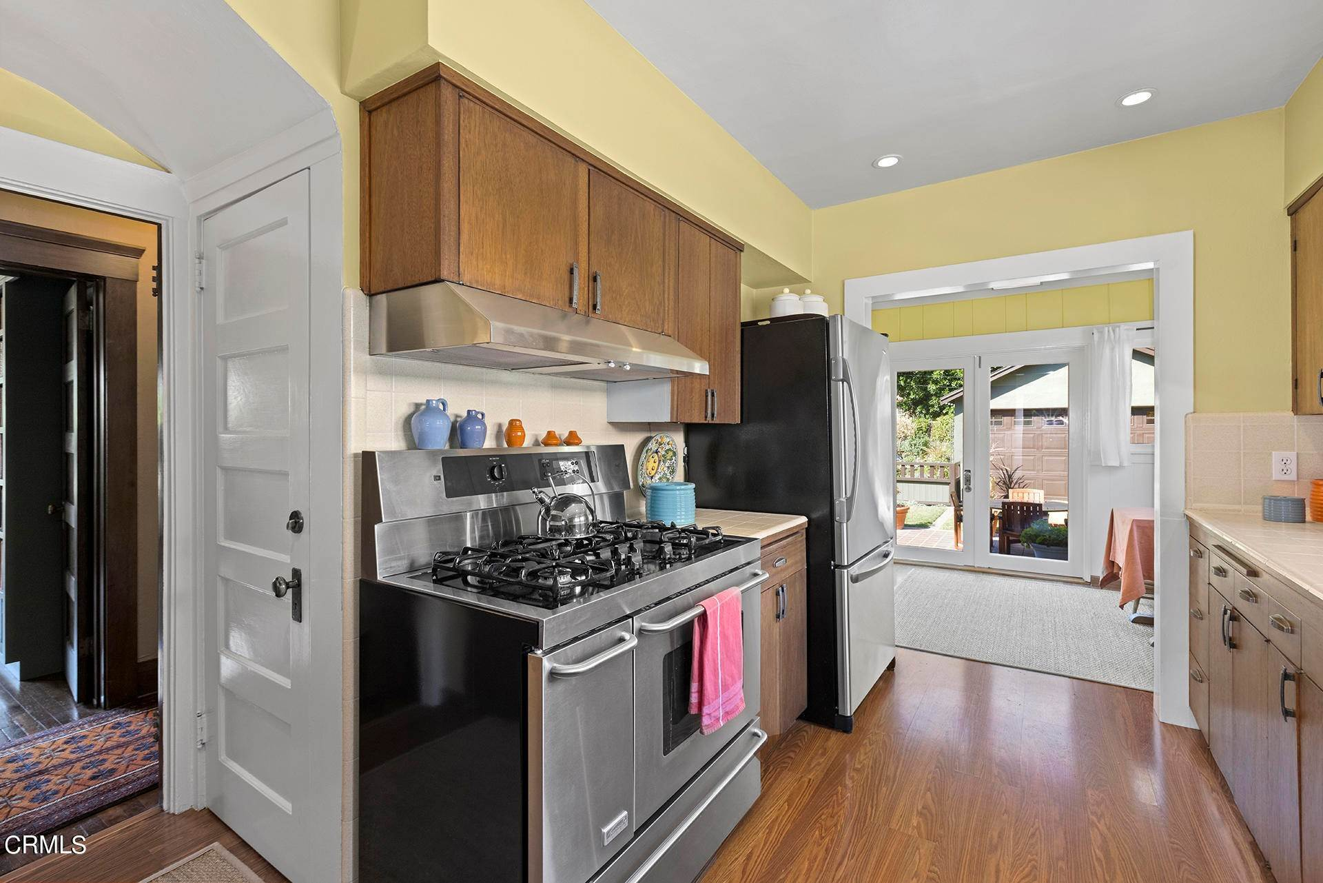 18. Single Family Homes for Sale at 1705 Fletcher Avenue South Pasadena, California 91030 United States