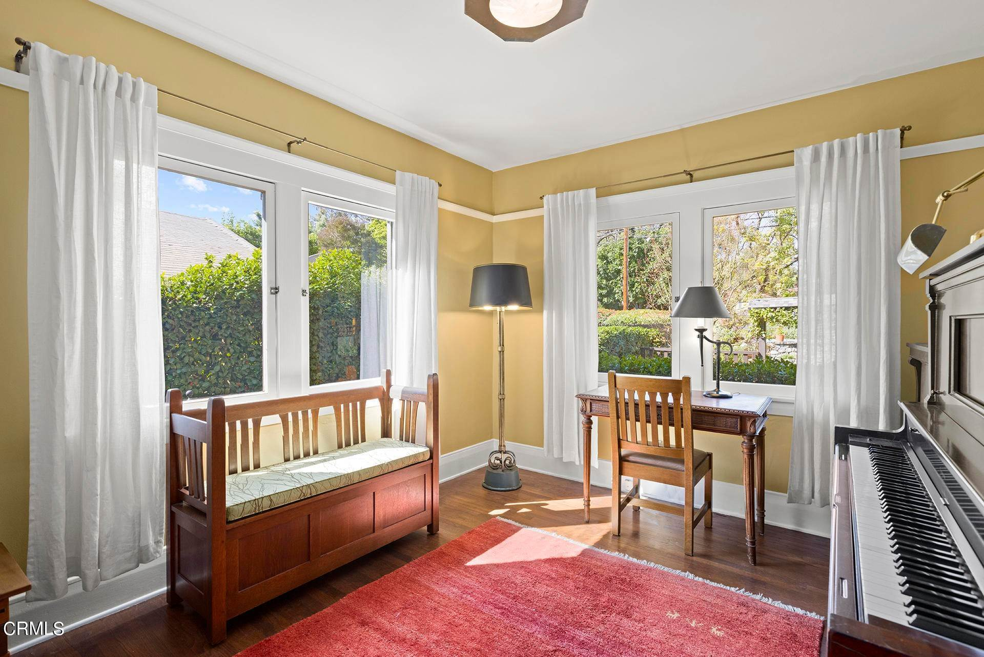 22. Single Family Homes for Sale at 1705 Fletcher Avenue South Pasadena, California 91030 United States