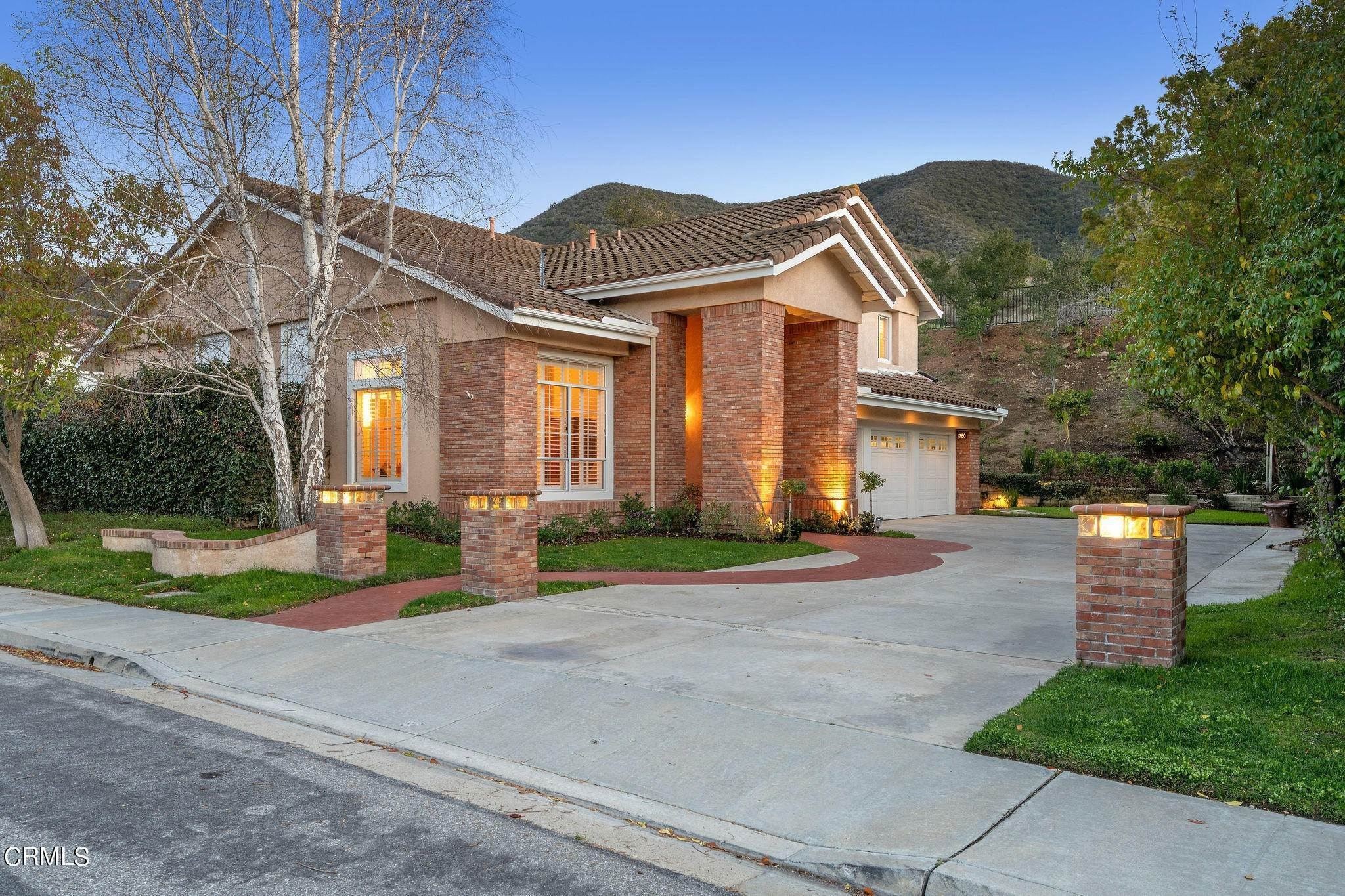 1. Single Family Homes for Sale at 1760 Crystal View Circle Newbury Park, California 91320 United States