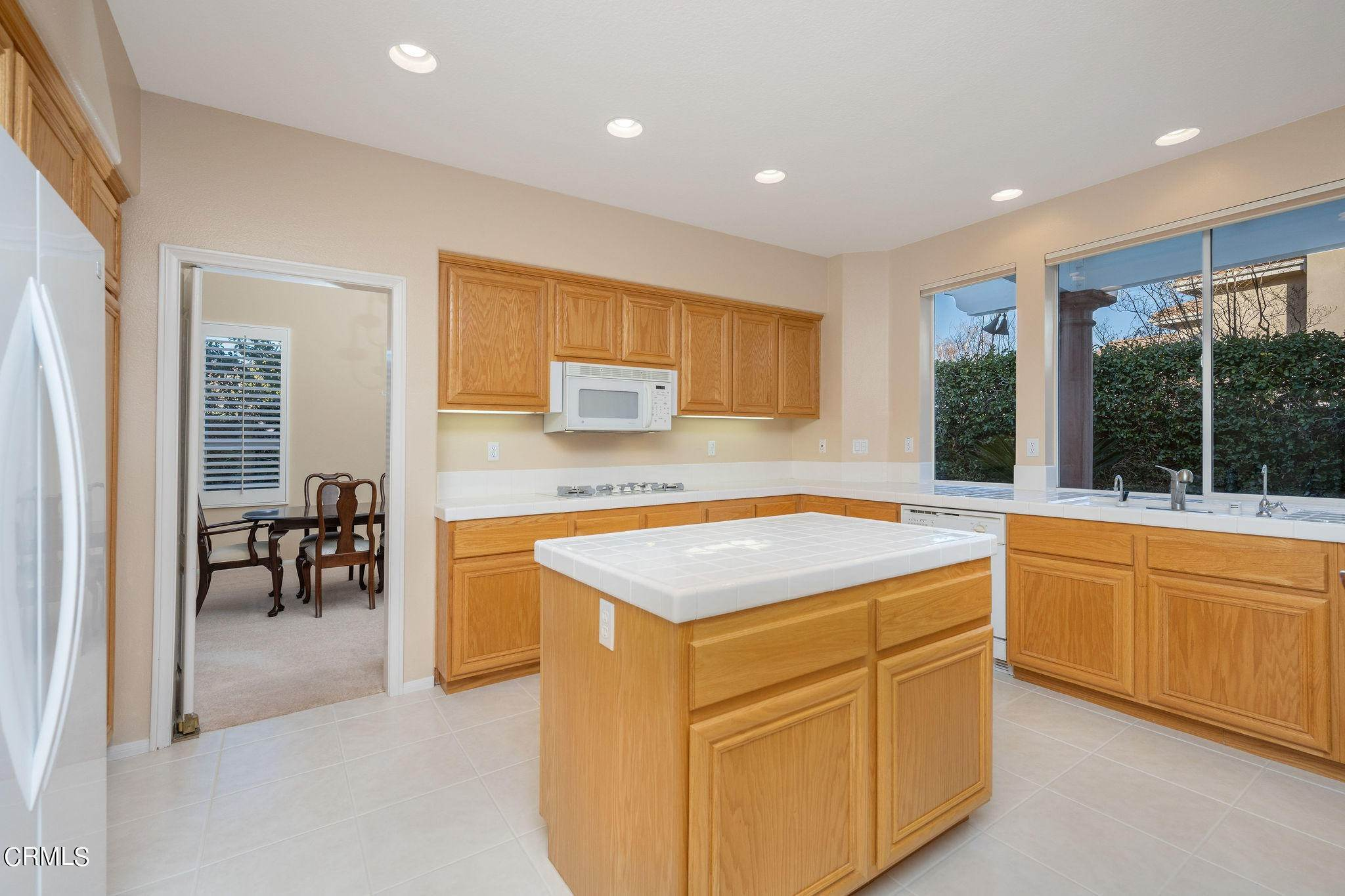 19. Single Family Homes for Sale at 1760 Crystal View Circle Newbury Park, California 91320 United States
