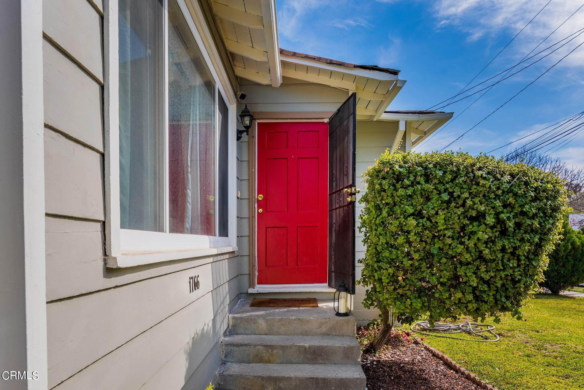 3. Single Family Homes for Sale at 1766 Glen Avenue Pasadena, California 91103 United States