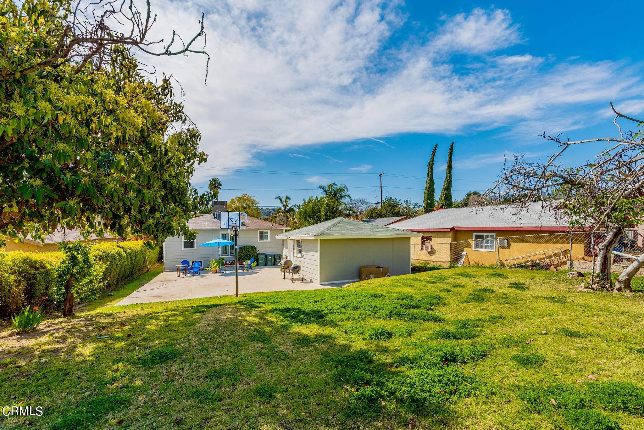 25. Single Family Homes for Sale at 1766 Glen Avenue Pasadena, California 91103 United States