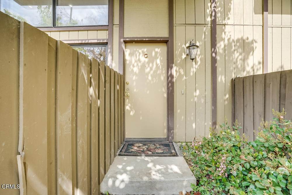 3. townhouses for Sale at 15021 Sherman Way #C 15021 Sherman Way Van Nuys, California 91405 United States