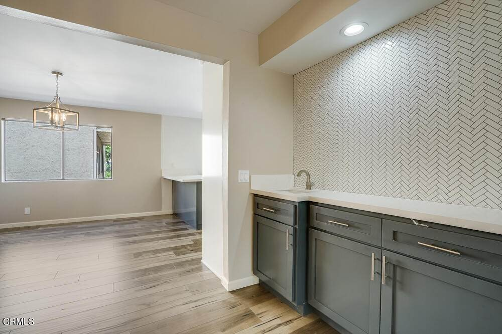 15. townhouses for Sale at 15021 Sherman Way #C 15021 Sherman Way Van Nuys, California 91405 United States