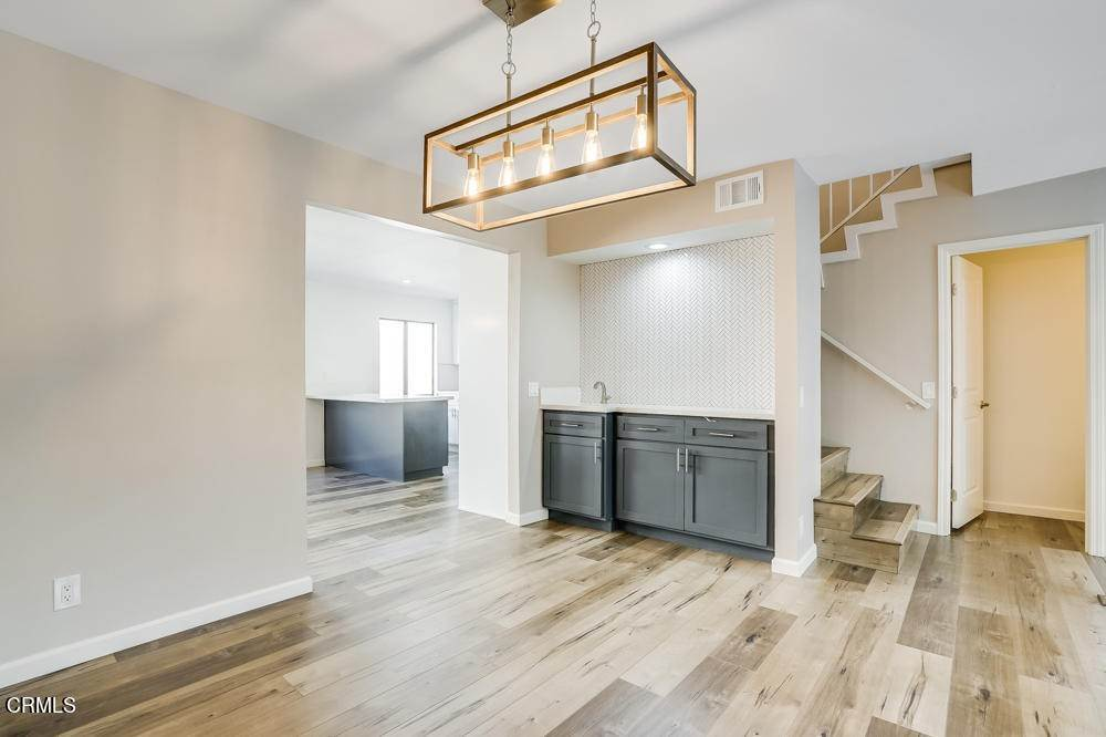 21. townhouses for Sale at 15021 Sherman Way #C 15021 Sherman Way Van Nuys, California 91405 United States