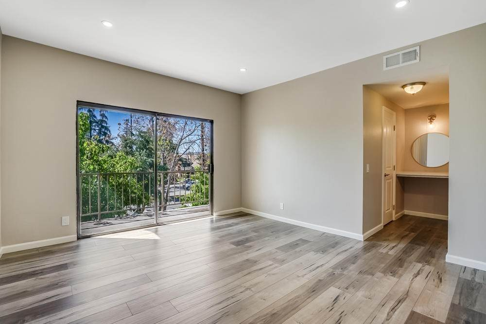 26. townhouses for Sale at 15021 Sherman Way #C 15021 Sherman Way Van Nuys, California 91405 United States