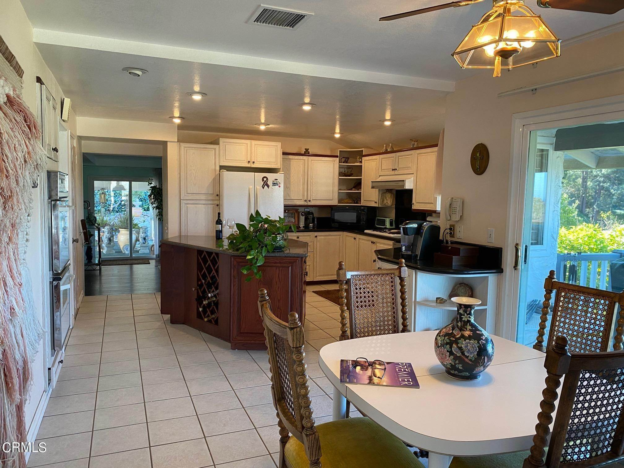 10. Single Family Homes for Sale at 1046 Garrido Court Camarillo, California 93010 United States