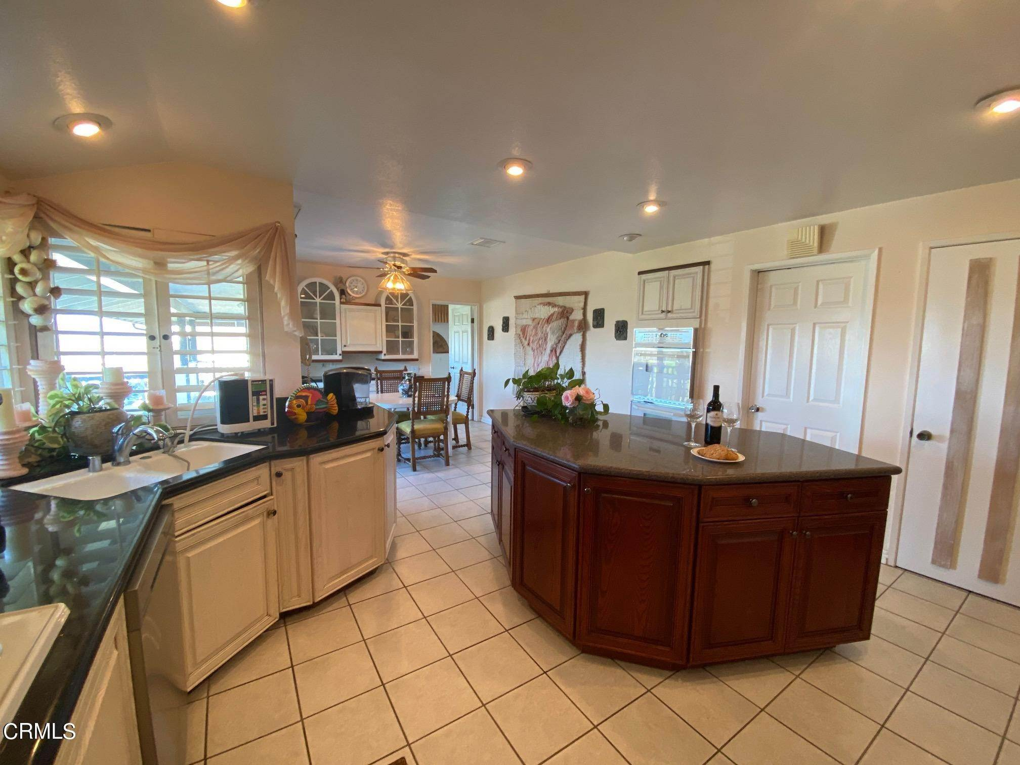 12. Single Family Homes for Sale at 1046 Garrido Court Camarillo, California 93010 United States