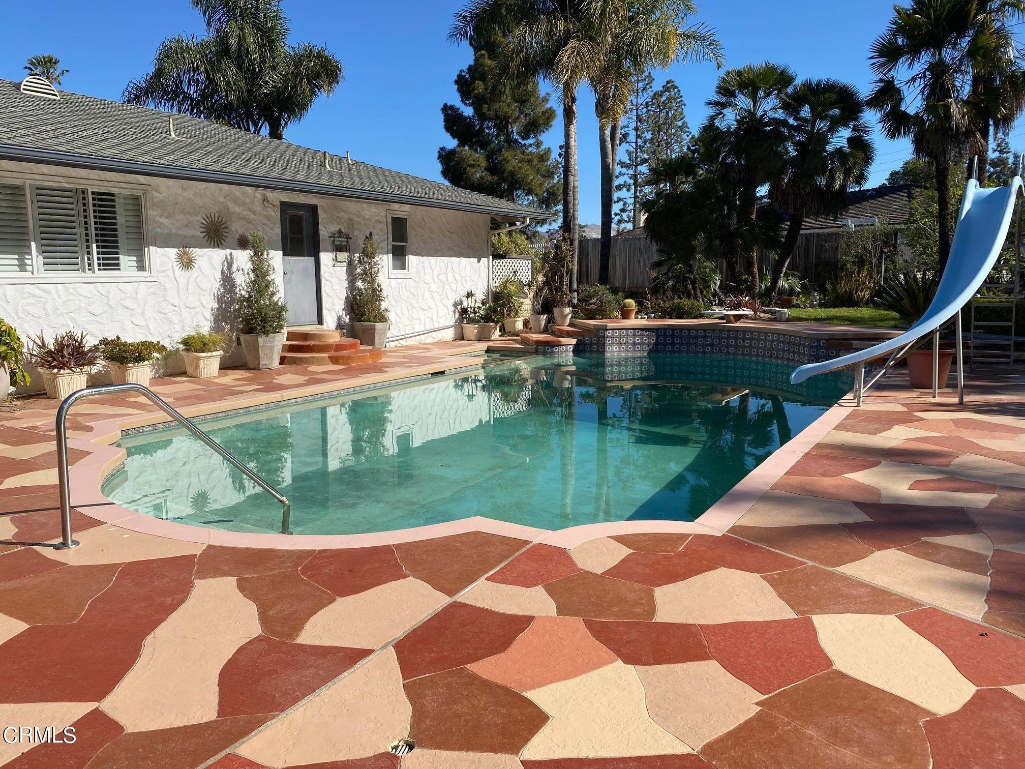 27. Single Family Homes for Sale at 1046 Garrido Court Camarillo, California 93010 United States