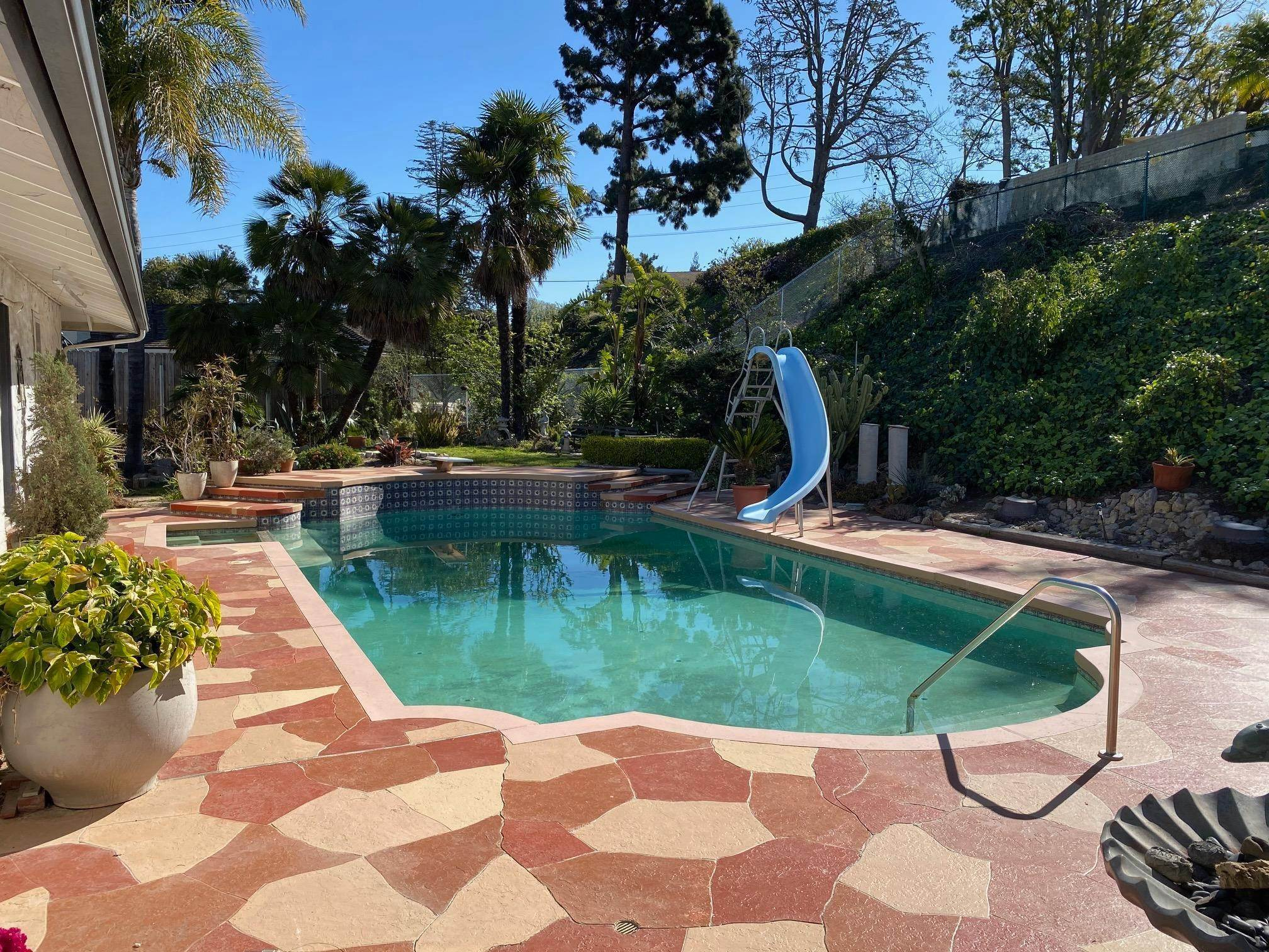 28. Single Family Homes for Sale at 1046 Garrido Court Camarillo, California 93010 United States