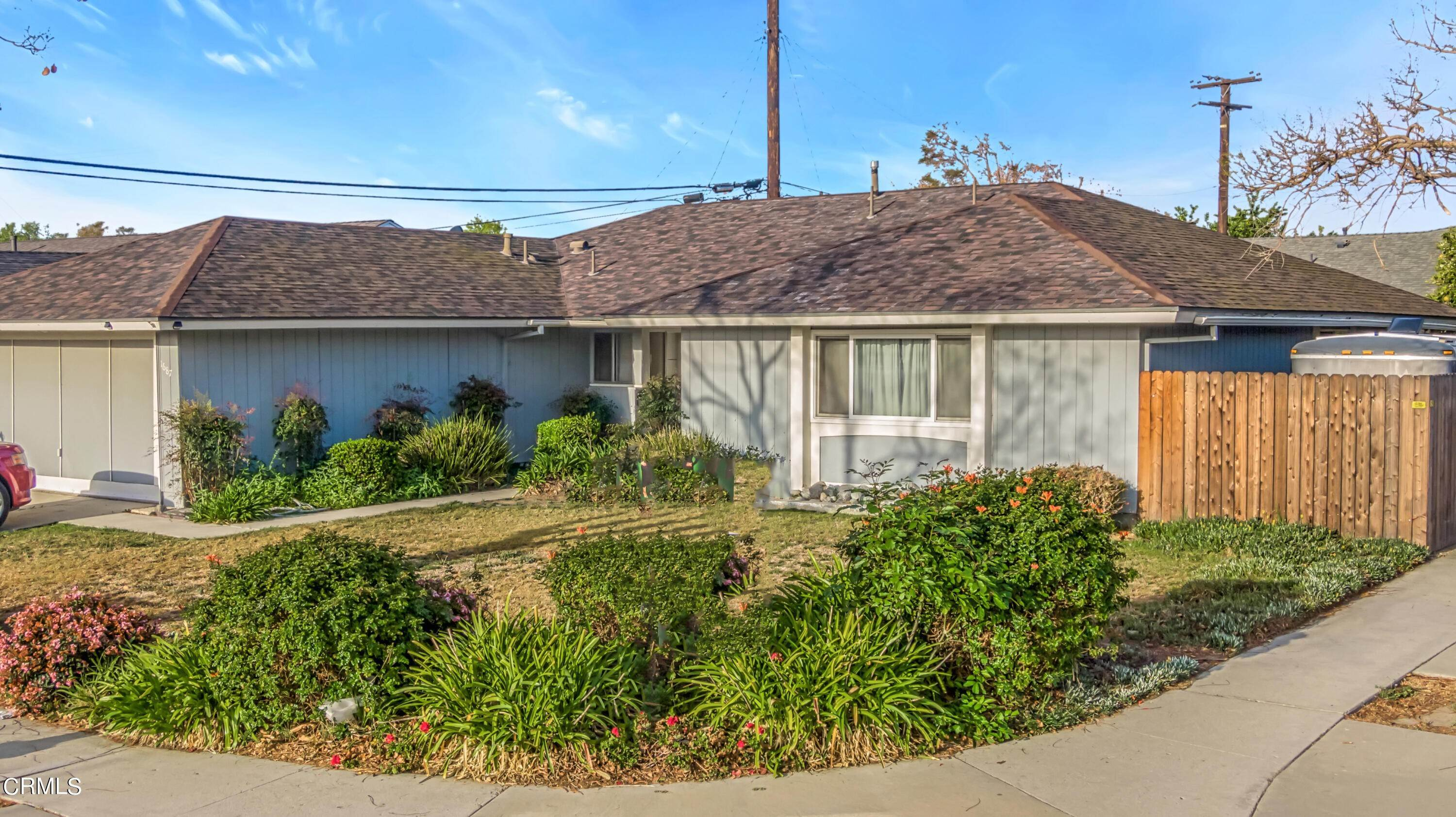 10. Single Family Homes for Sale at 1687 Wolverton Avenue Camarillo, California 93010 United States