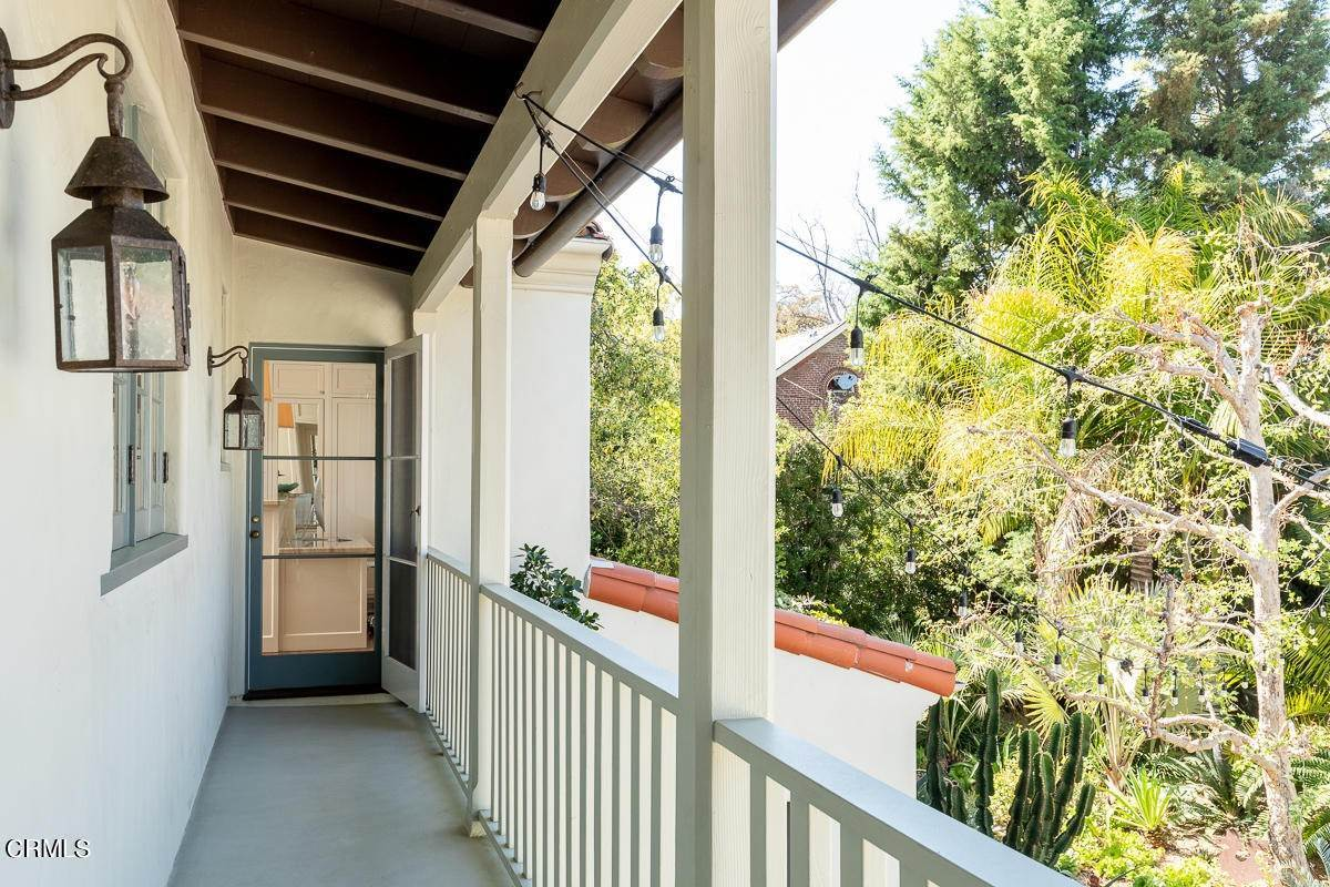 33. Single Family Homes for Sale at 2024 Ashbourne Drive South Pasadena, California 91030 United States