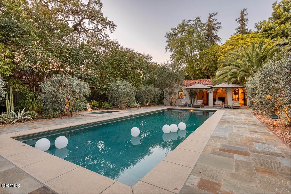 48. Single Family Homes for Sale at 2024 Ashbourne Drive South Pasadena, California 91030 United States
