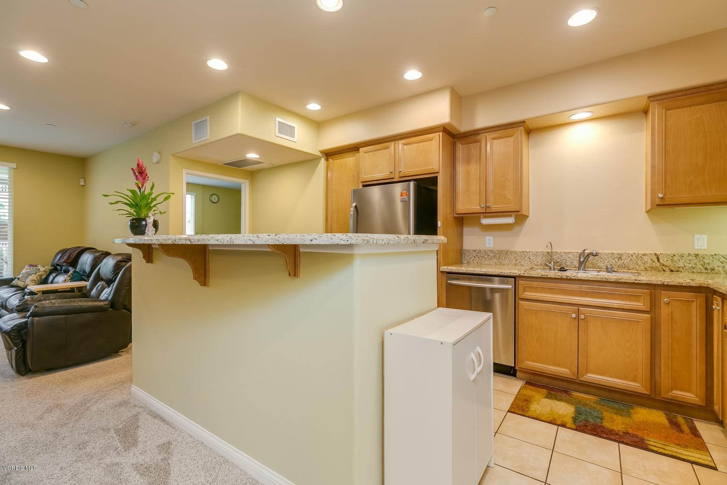 11. Condominiums for Sale at 4366 Tradewinds Drive Oxnard, California 93035 United States