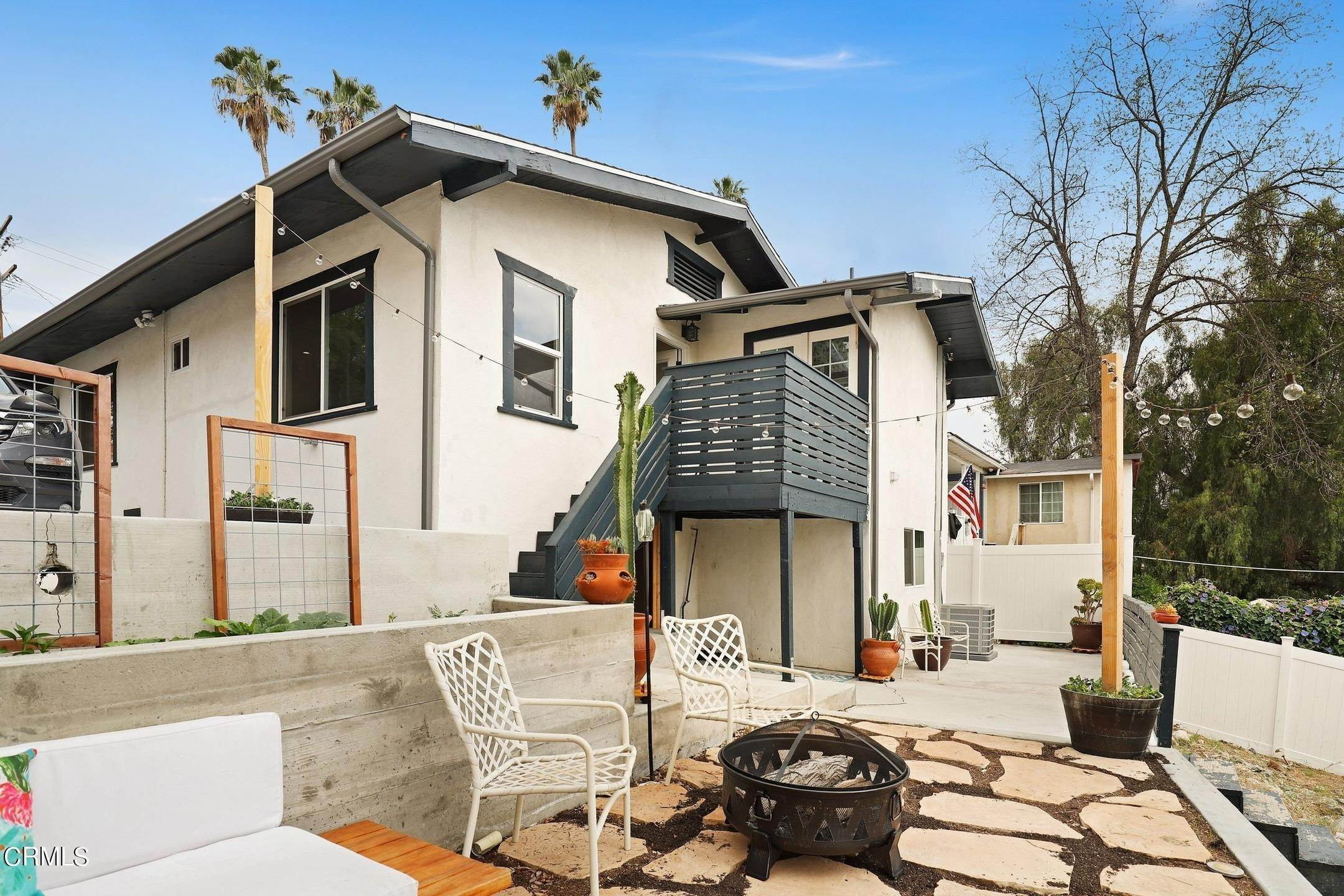 26. Single Family Homes for Sale at 3502 Linda Vista Terrace Los Angeles, California 90032 United States