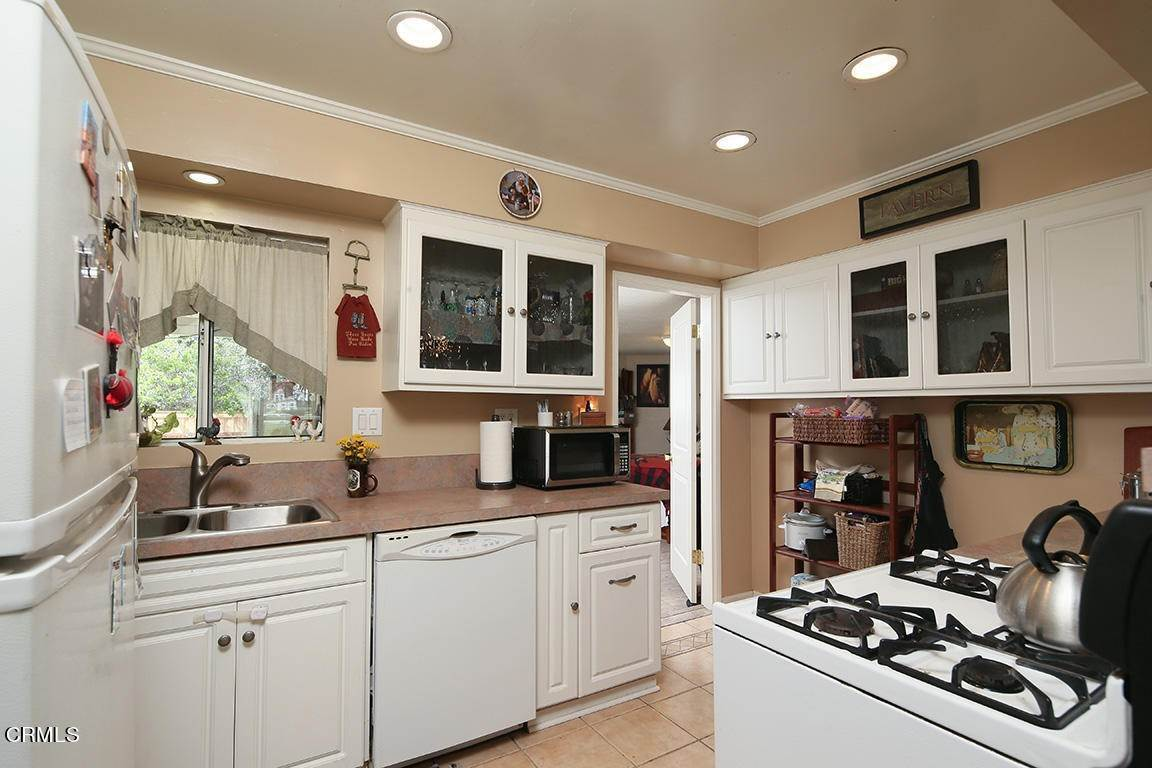 9. Single Family Homes for Sale at 449 Brightview Drive Glendora, California 91741 United States