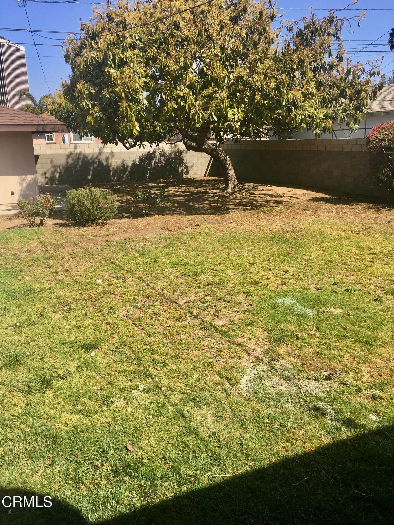 17. Single Family Homes for Sale at 359 Occidental Drive Oxnard, California 93036 United States