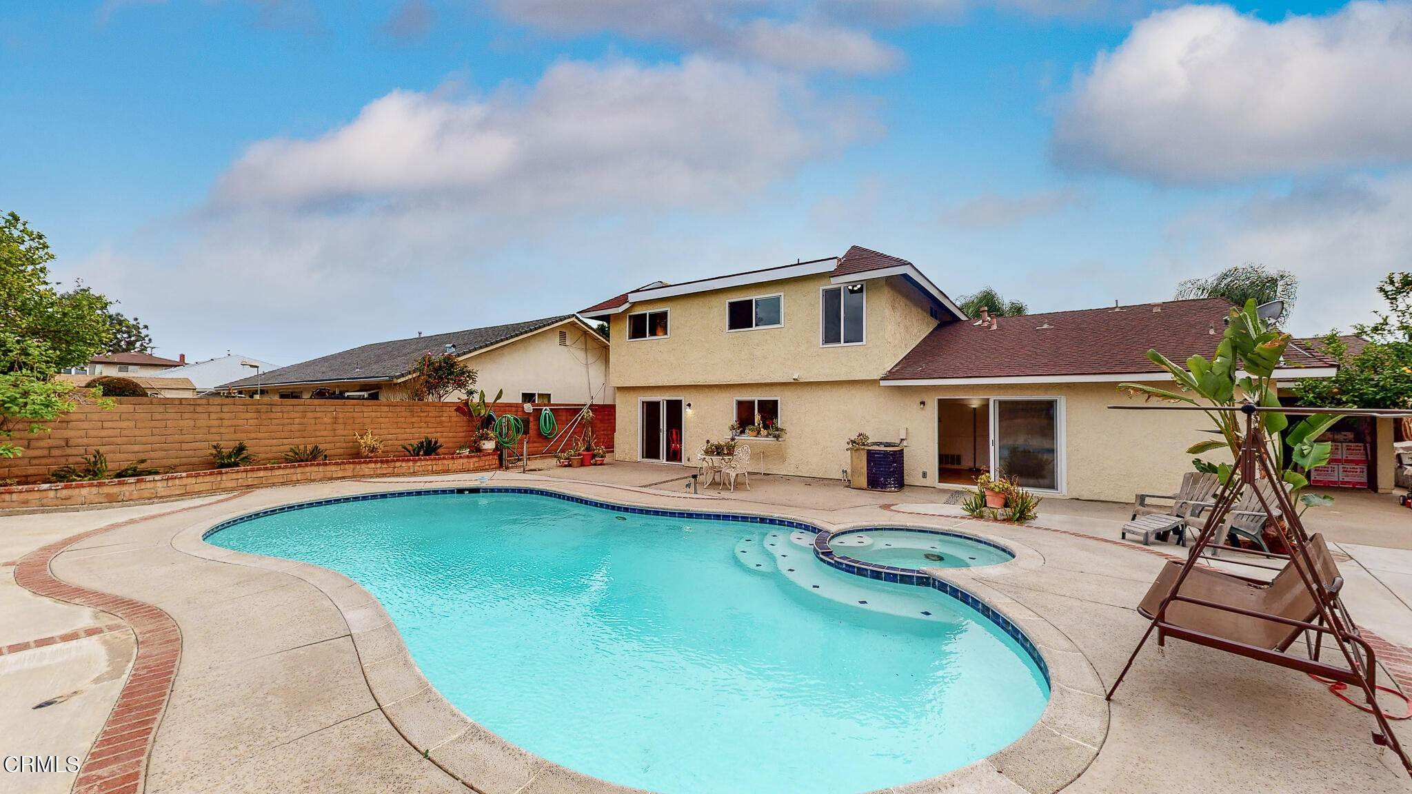 21. Single Family Homes for Sale at 1039 Alondra Circle La Verne, California 91750 United States