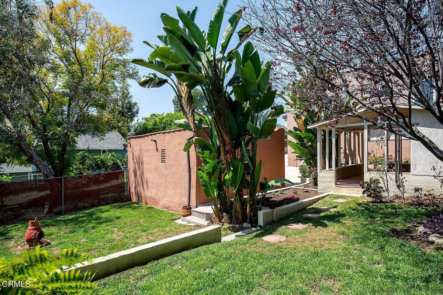 23. Single Family Homes for Sale at 1032 Glen Arbor Avenue Los Angeles, California 90041 United States