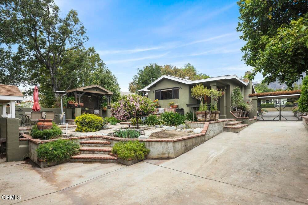 46. Single Family Homes for Sale at 1084 Beverly Way Altadena, California 91001 United States