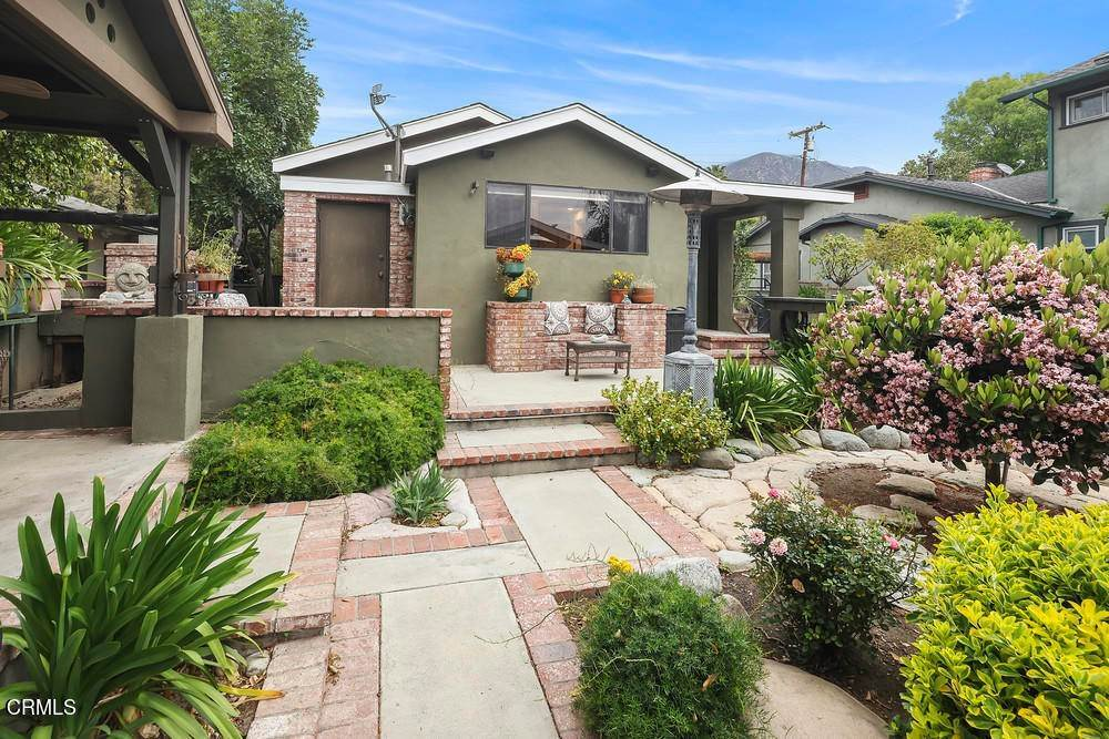 42. Single Family Homes for Sale at 1084 Beverly Way Altadena, California 91001 United States