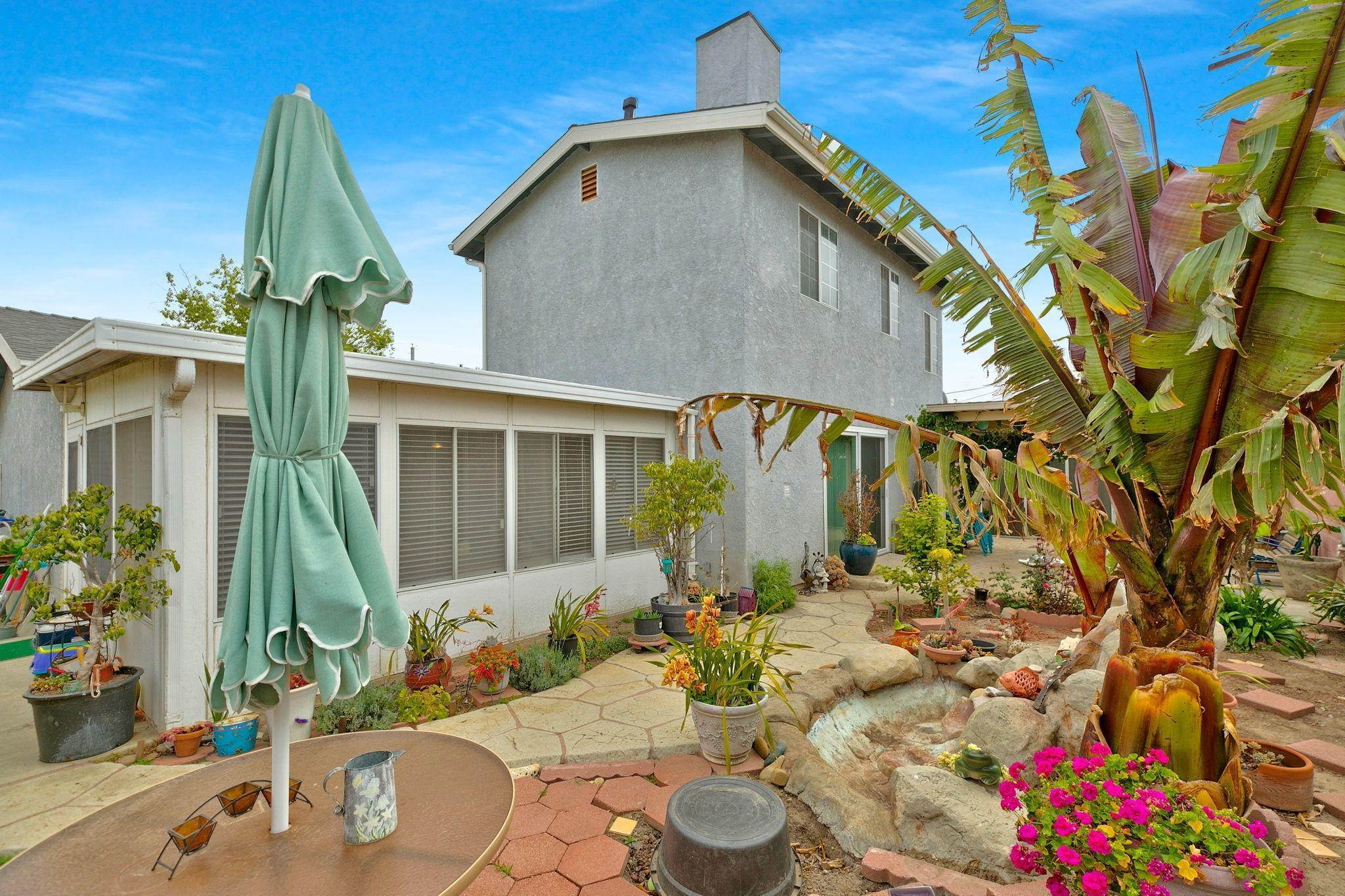 30. Single Family Homes for Sale at 2410 Claremont Drive Oxnard, California 93035 United States