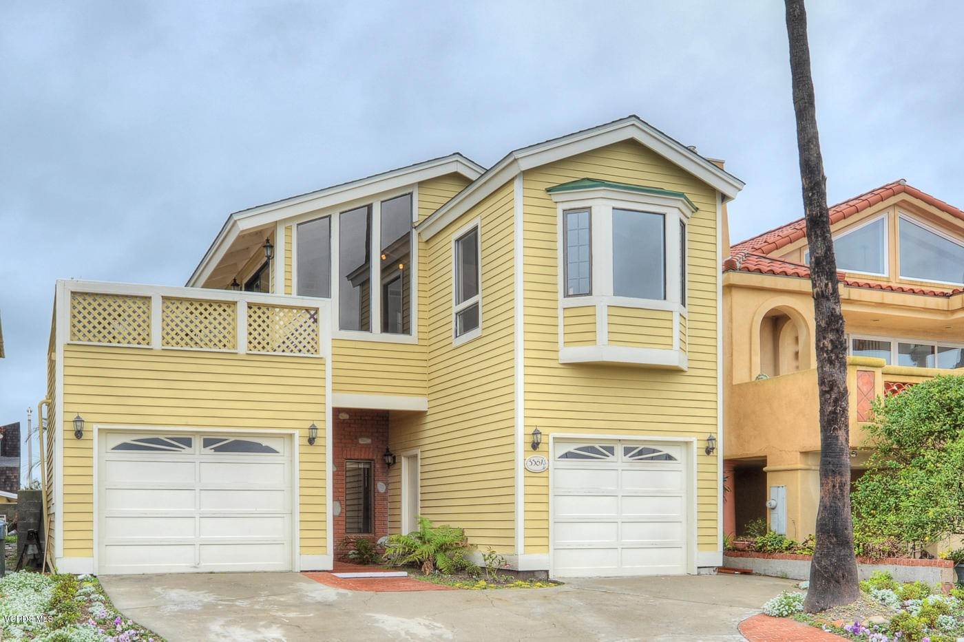 Single Family Homes for Sale at 3361 Harbor Boulevard Oxnard, California 93035 United States