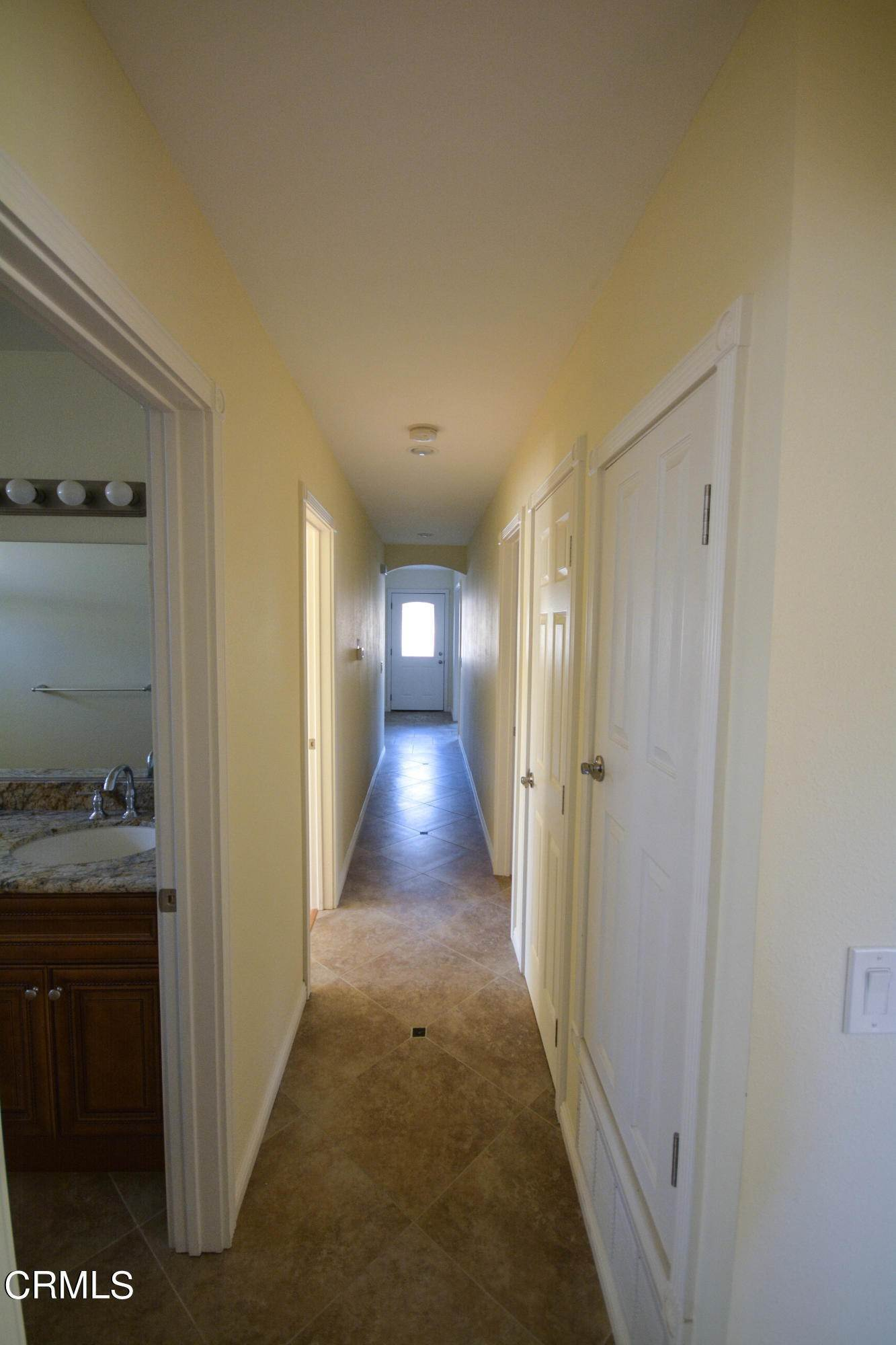 18. Single Family Homes for Sale at 4830 Webster Drive Oxnard, California 93033 United States