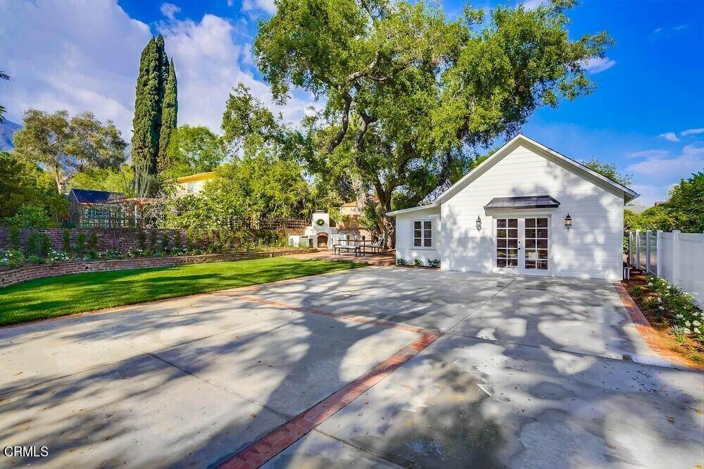 46. Single Family Homes for Sale at 180 South Michillinda Avenue Sierra Madre, California 91024 United States