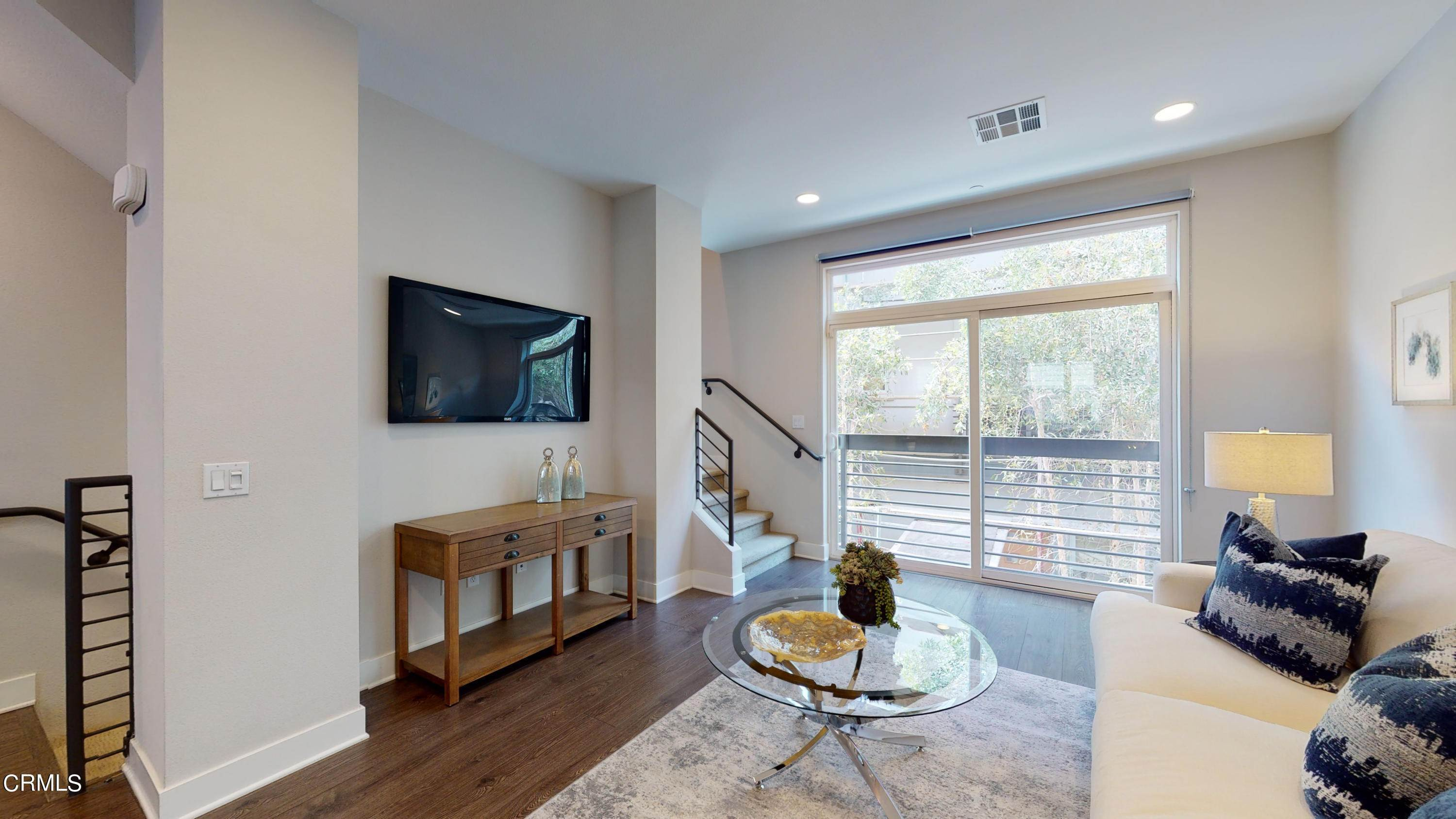 12. townhouses for Sale at 2753 Waverly Drive 302 #302 2753 Waverly Drive 302 Los Angeles, California 90039 United States