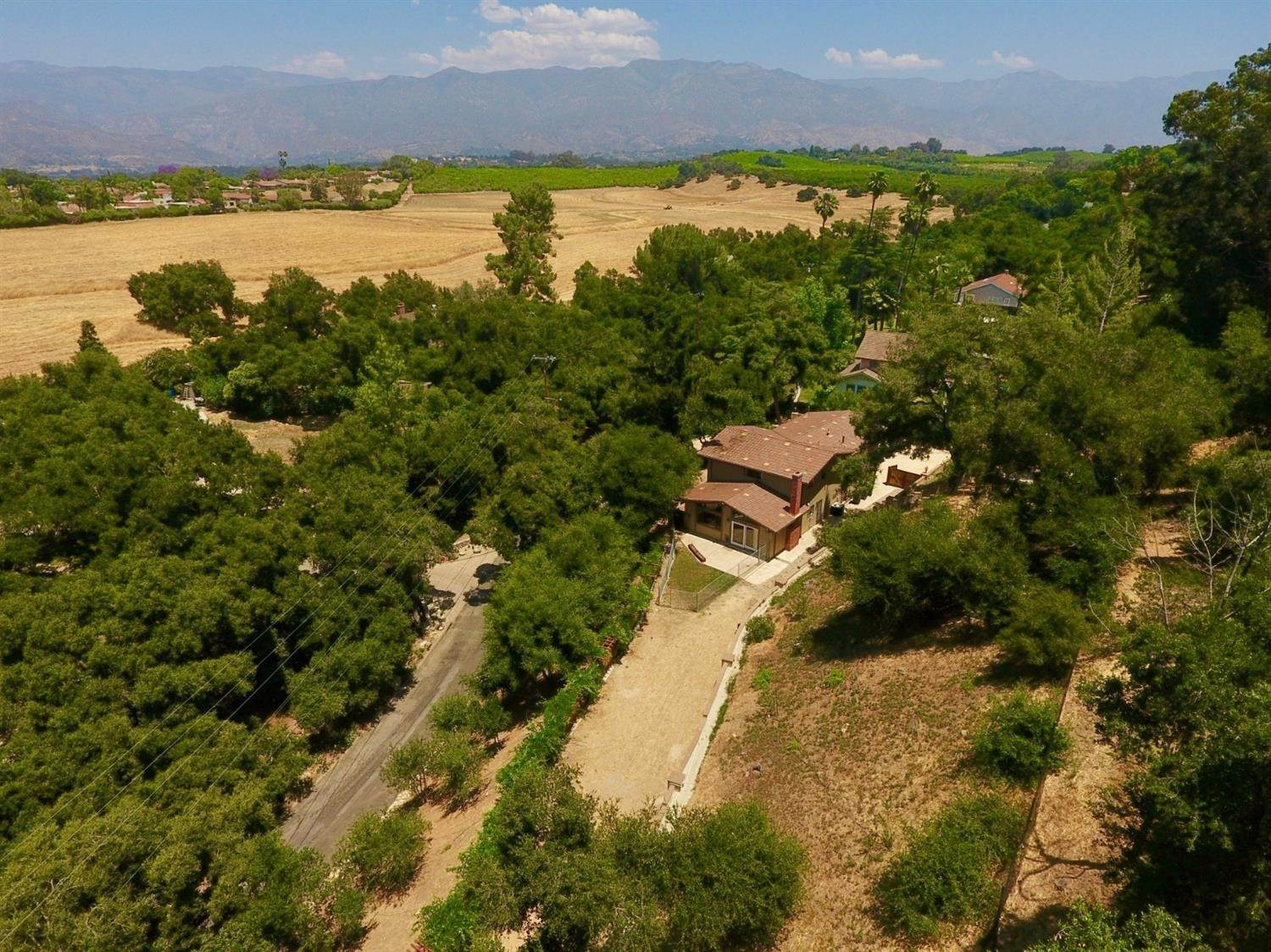 3. Residential for Sale at 2100 Valley Meadow Drive Oak View, California 93022 United States